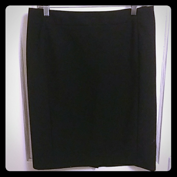 Worthington Dresses & Skirts - Classic Pencil Skirt